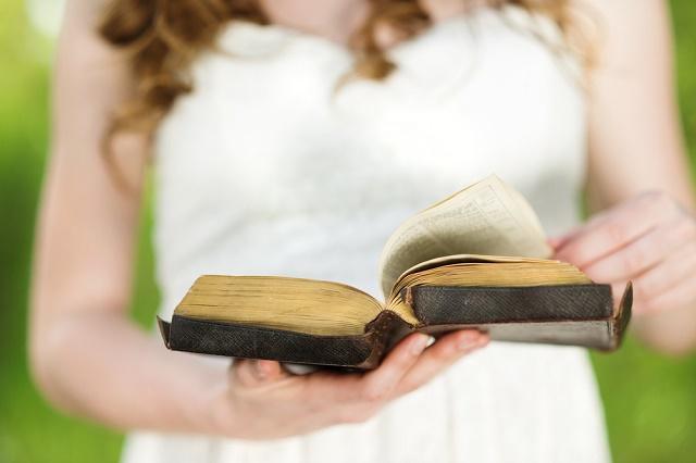 Kari and Bible